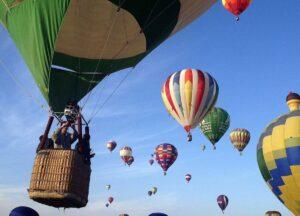 5 ideas para celebrar un cumpleaños aventurero con amigos