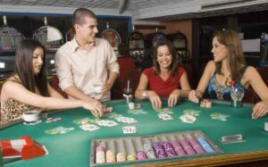 7 consejos para organizar un torneo de póker entre amigos