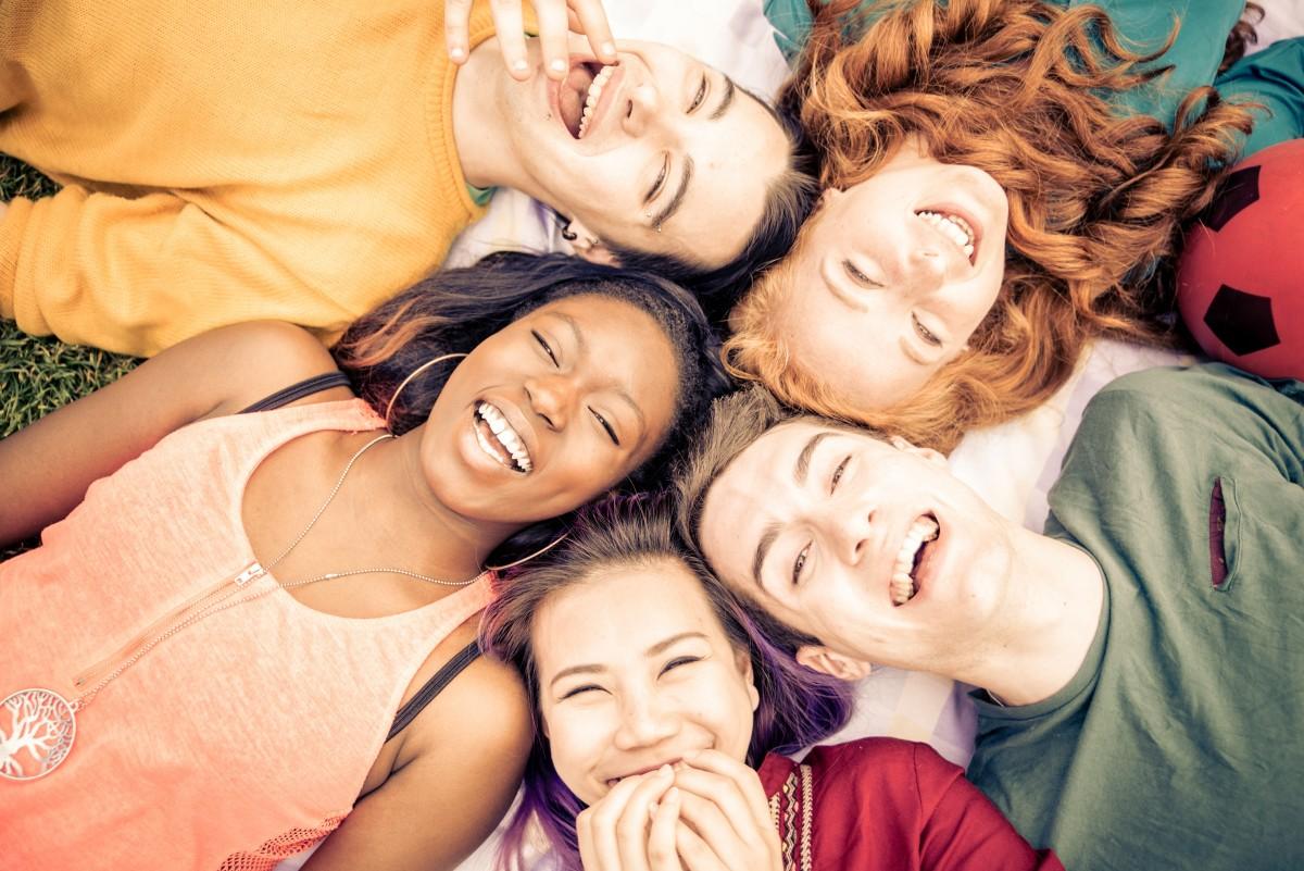 Las 10 mejores páginas para hacer amigos gratis en español